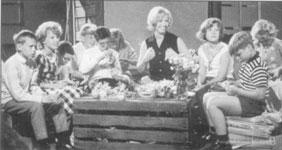 GJF-børn på besøg i TV hos Ingrid og Lillebror.